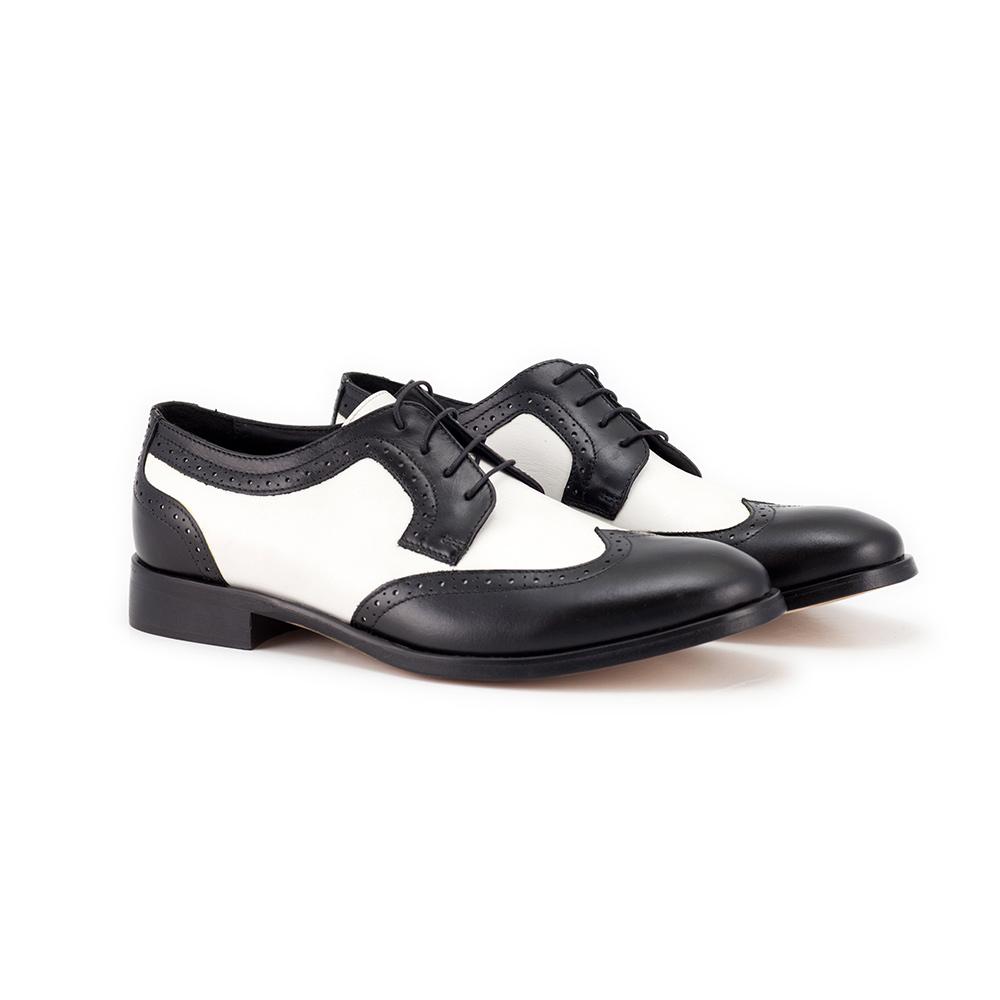 Men's bicolored brogue shoes